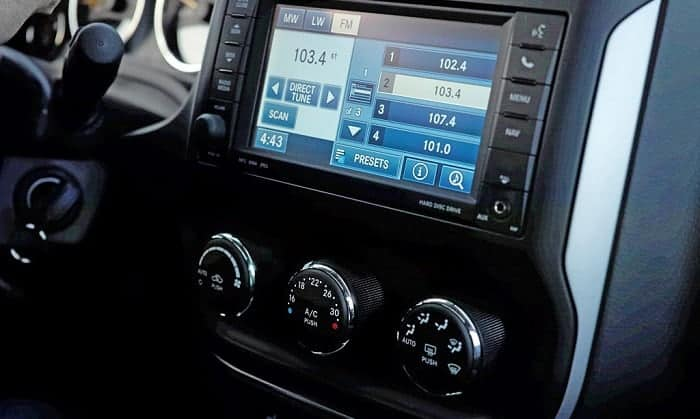 radio stays on when car is off and door is open