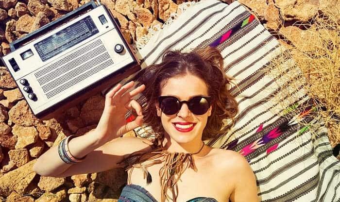 portable-beach-radios