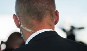 how to wear a radio earpiece