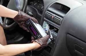 take-out-a-car-radio